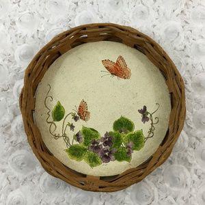 Wicker Basket with Butterfly Bottom